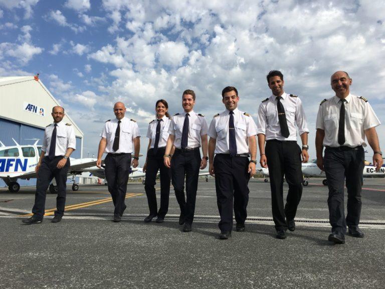 AFN - Escuela de pilotos - Flota y equipo